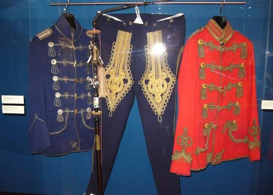 Husarenuniform